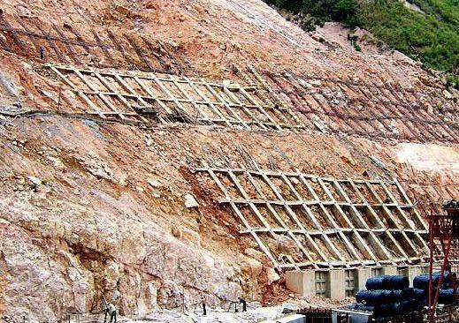 今日份边坡挡墙支护施工相干材料保举!