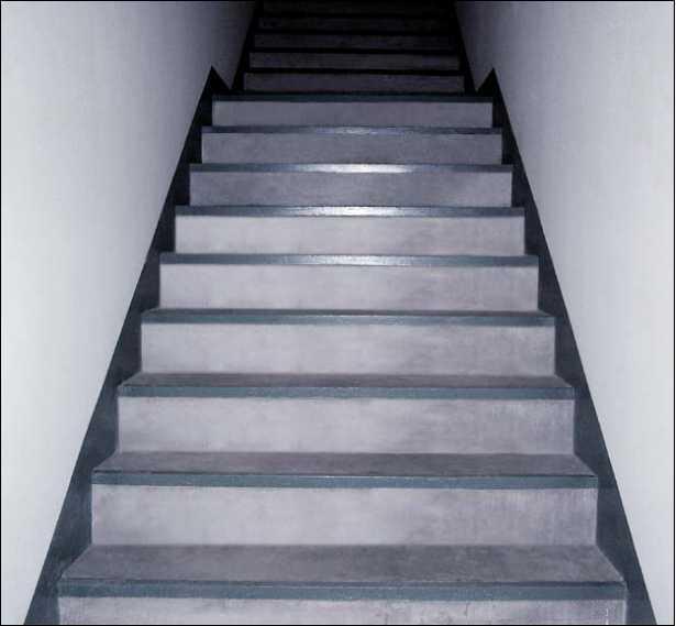 楼梯做好了,也能赏心悦目!