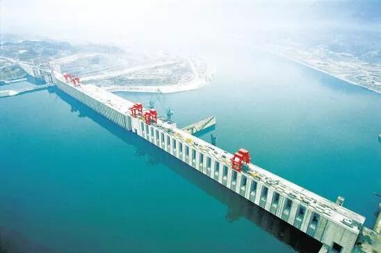 土石坝及混凝土重力坝,如何进行施工测量?